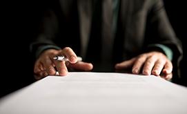 Deja en orden tus bienes y derechos en un documento solemne que contemple tu última voluntad.